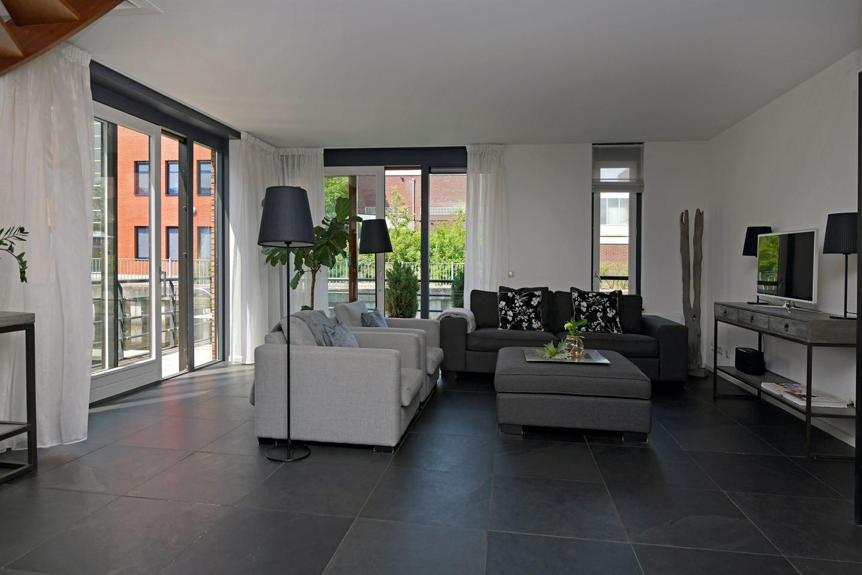 Bekijk foto 2 van Havenhof 1