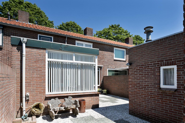 Bekijk foto 2 van Lucia Eijckenstraat 19