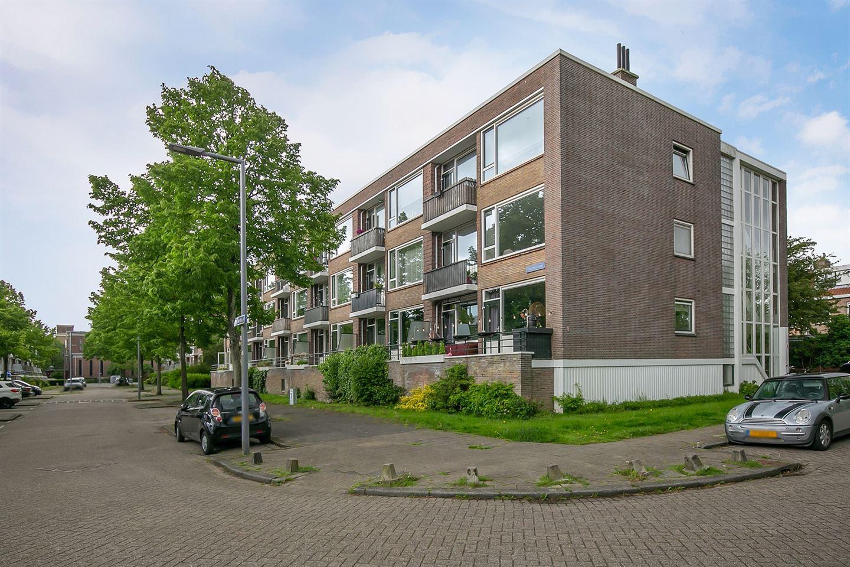 Bekijk foto 1 van Molenstraat 92