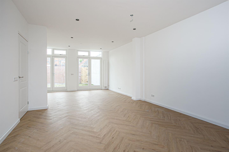 Bekijk foto 3 van Leeuweringerstraat 64