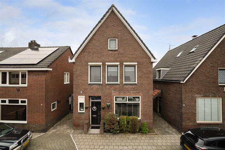 Herman van Hoevellstraat 6