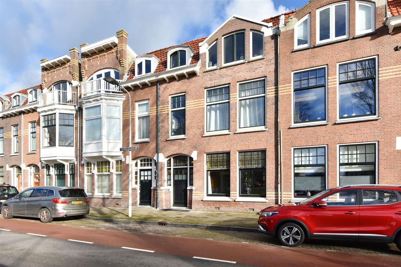 Bekijk foto 2 van Van Boetzelaerlaan 33