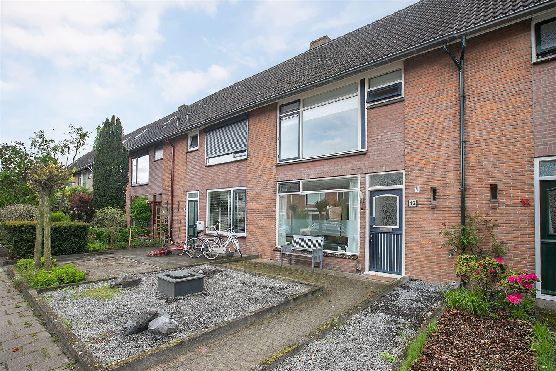 View photo 2 of Beetsstraat 13