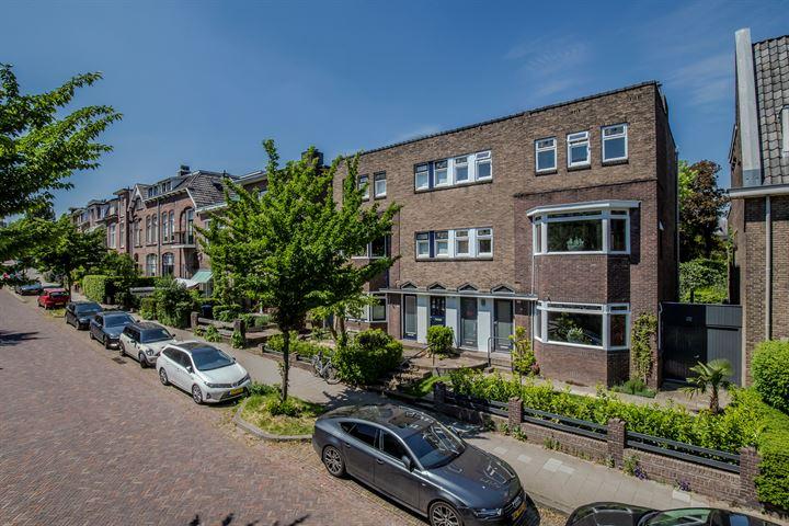 Burgemeester Weertsstraat 6