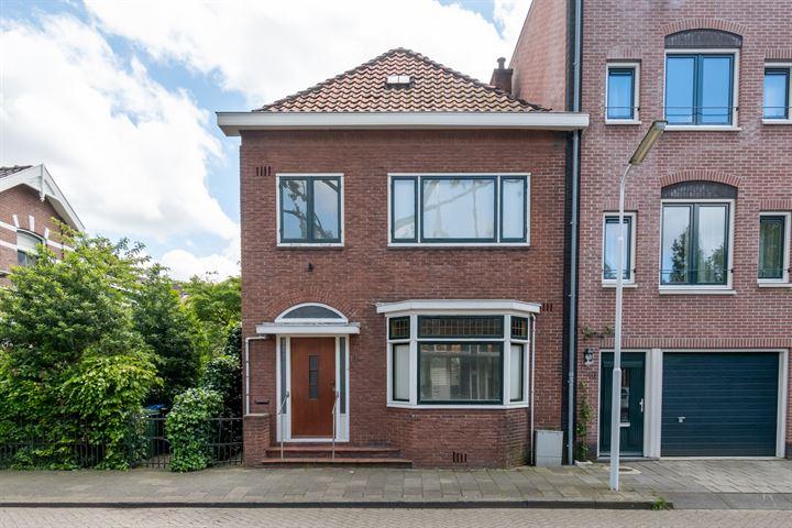 Zeemansstraat 11