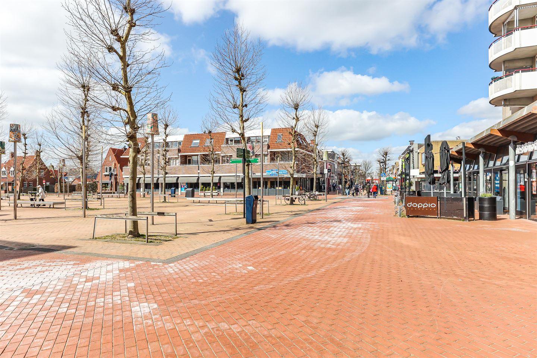 Bekijk foto 2 van Burgemeester Wuiteweg 12
