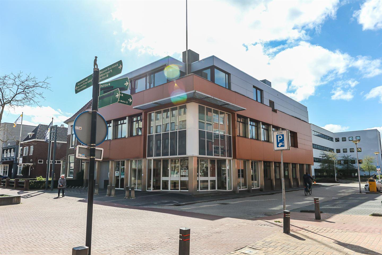 Bekijk foto 1 van Burgemeester Wuiteweg 12