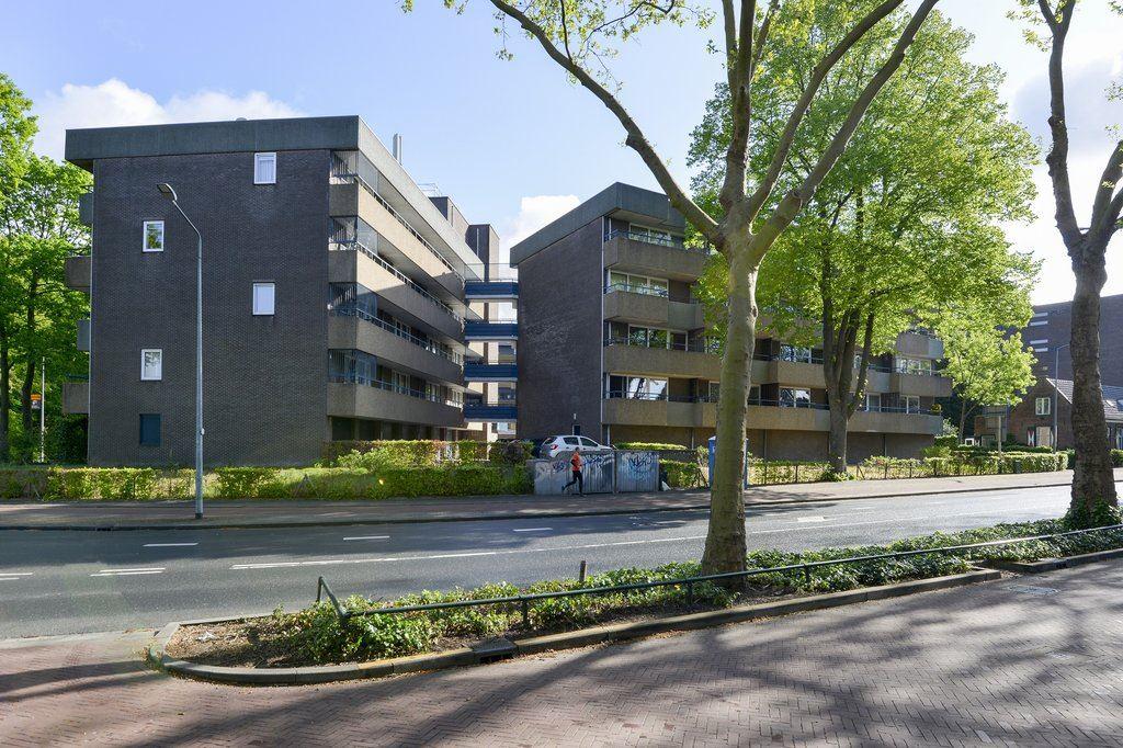 Bekijk foto 1 van Vaartweg 190 -17