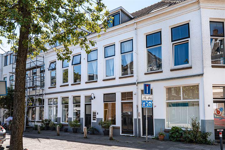Ruysdaelstraat 4 B
