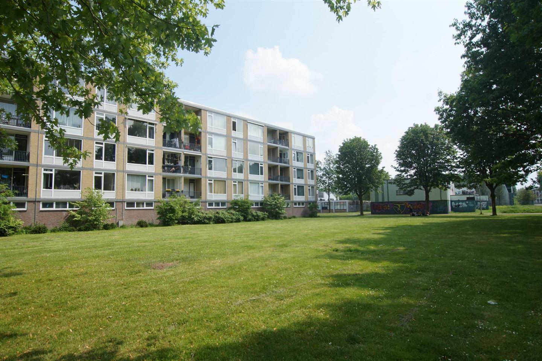 Bekijk foto 2 van Van Maarseveenstraat 47
