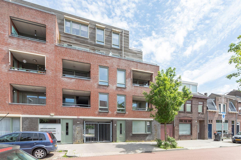 Bekijk foto 1 van Valentijnstraat 16 04
