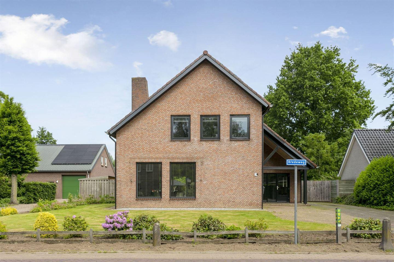 Bekijk foto 3 van Bredeweg 4