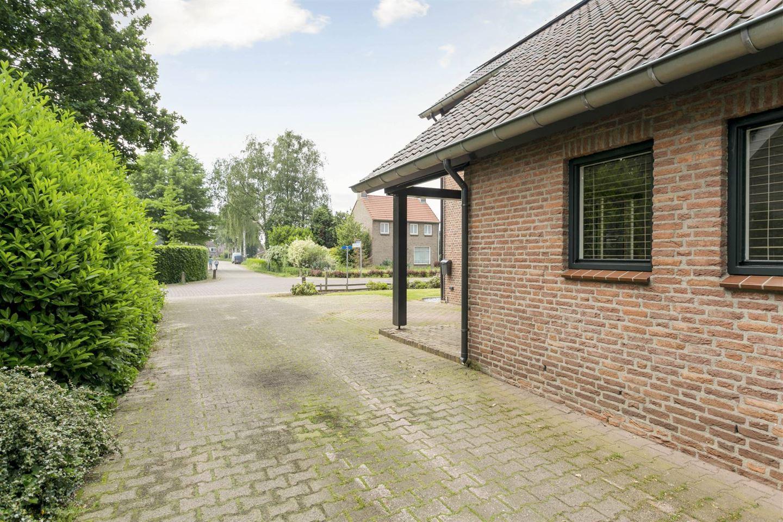 Bekijk foto 5 van Bredeweg 4