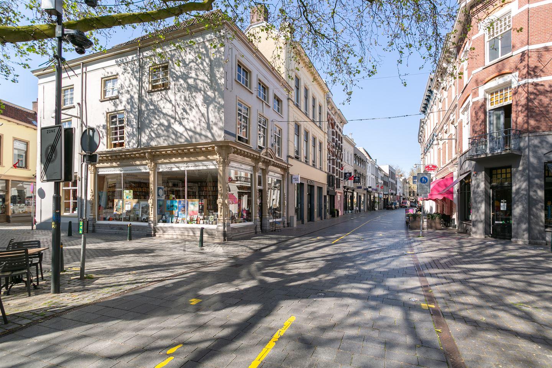 Bekijk foto 2 van Veemarktstraat 40
