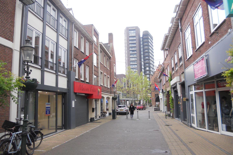 Bekijk foto 1 van Hoogstraat 9