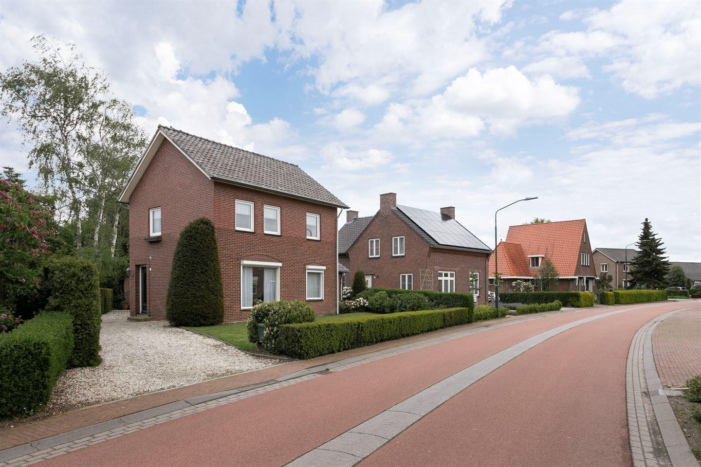 Bekijk foto 3 van Boxmeerseweg 11
