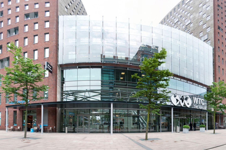 Bekijk foto 2 van Prinses Beatrixlaan 582 - 09.02