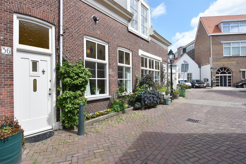 Bekijk foto 2 van Korendijkstraat 36