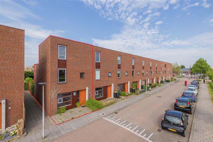 Pieter van Slingerlandstraat 18