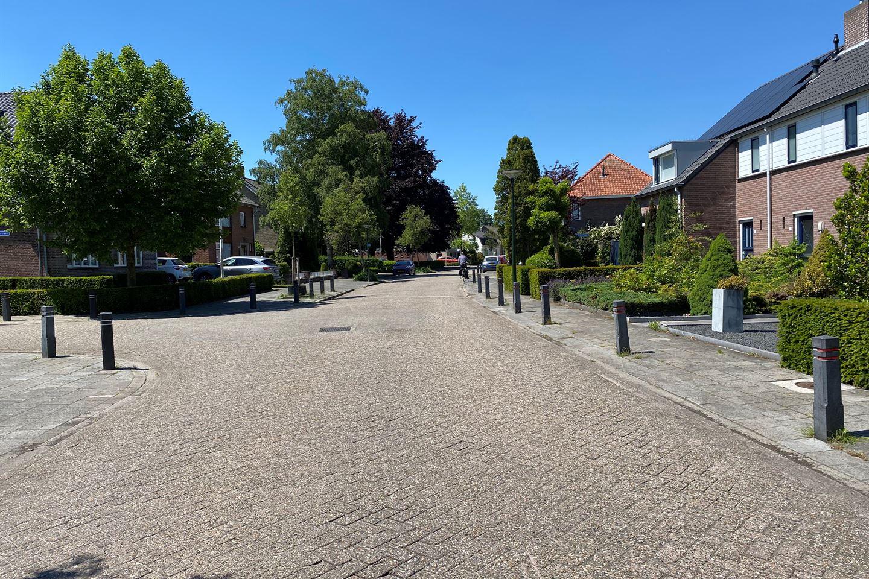Bekijk foto 2 van Hoog Geldrop 78