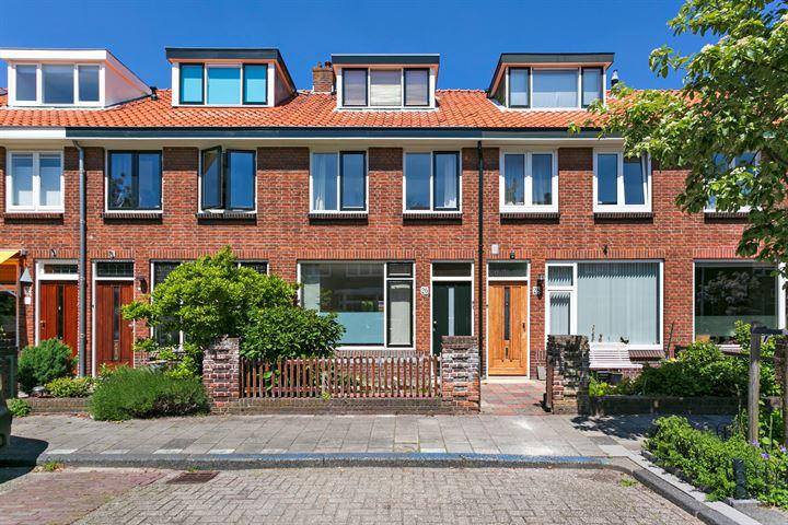 Hugo de Vriesstraat 26