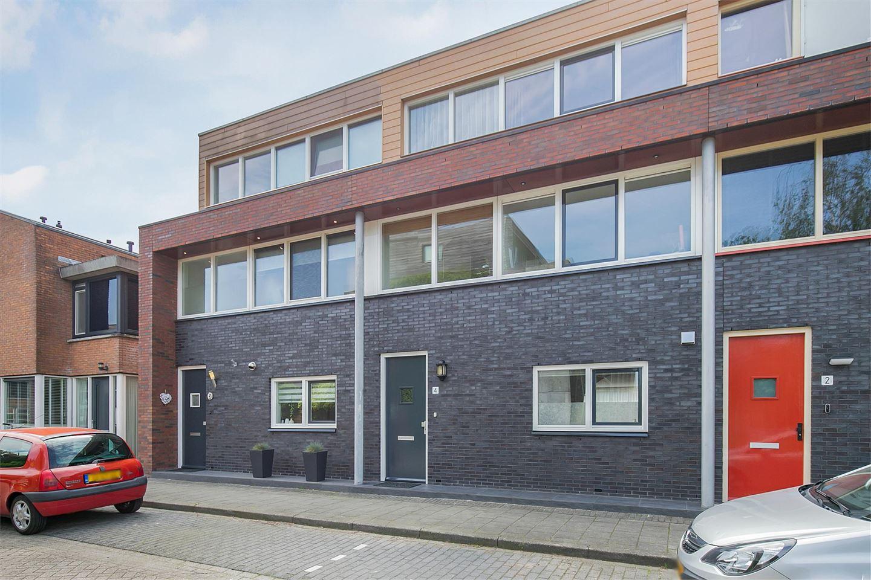 Bekijk foto 1 van Hendrik van Lunterenstraat 4