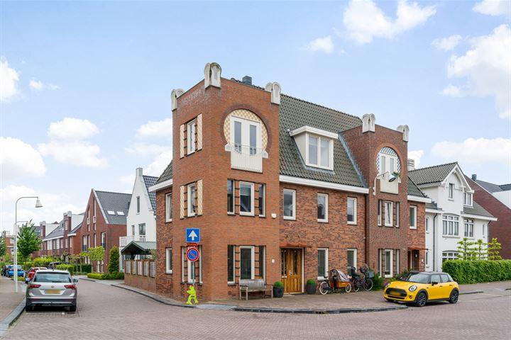 Oude Rijnsburgerweg 56