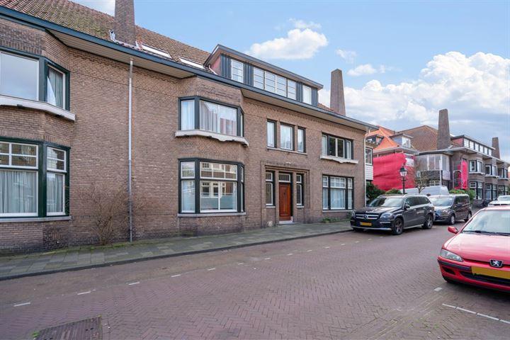 Van Dorpstraat 8