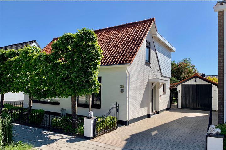 Oranjeweg 38
