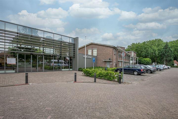 Prins Bernhardstraat 1 F277