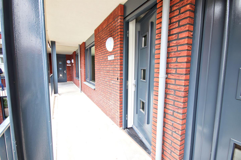 Bekijk foto 2 van Beekstraat 77 18