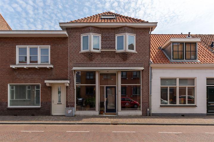 Sint Andriesstraat 10