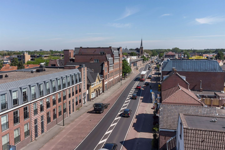 Bekijk foto 2 van Eindhovenseweg 14