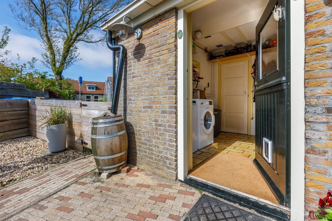 Bekijk foto 4 van Camminghastraat 43