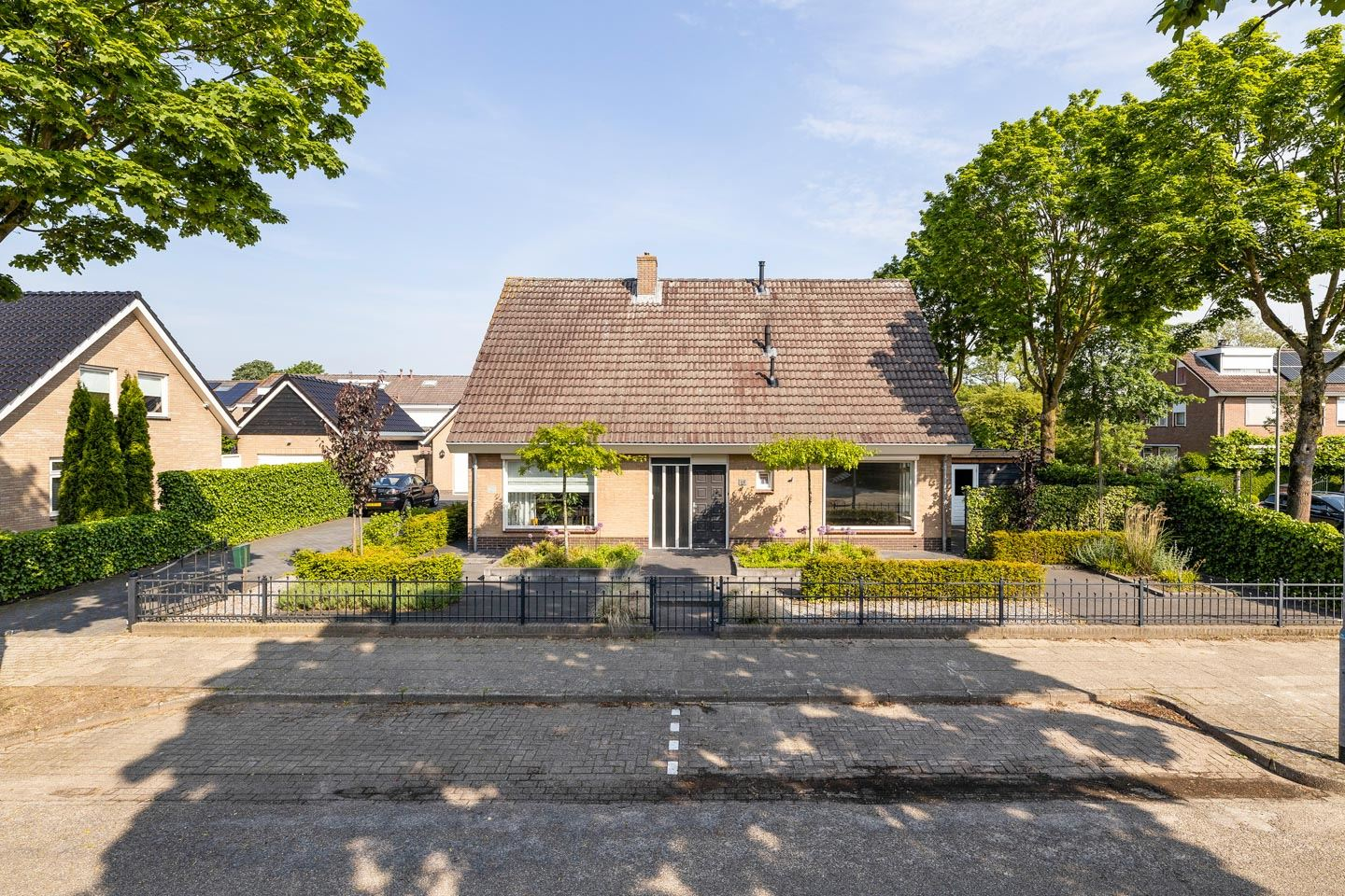 Bekijk foto 1 van Wolweversstraat 14 -14A