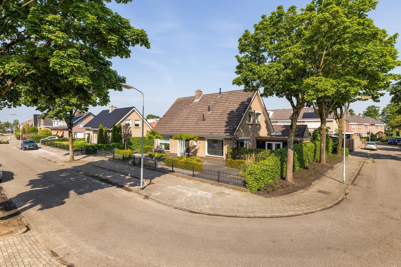 Bekijk foto 2 van Wolweversstraat 14 -14A