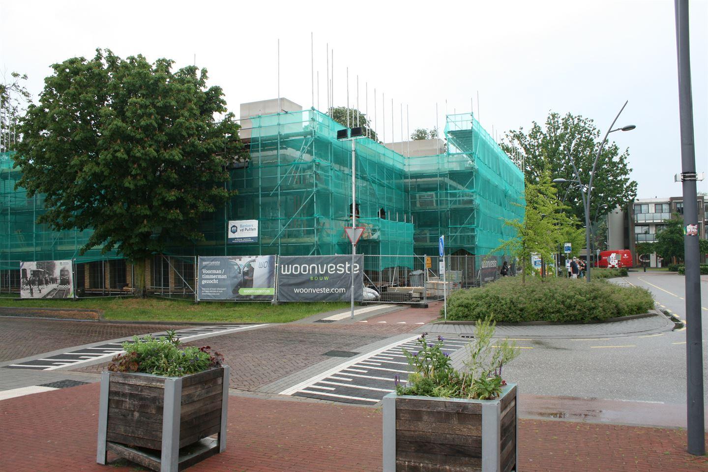 Bekijk foto 4 van Stationsplein