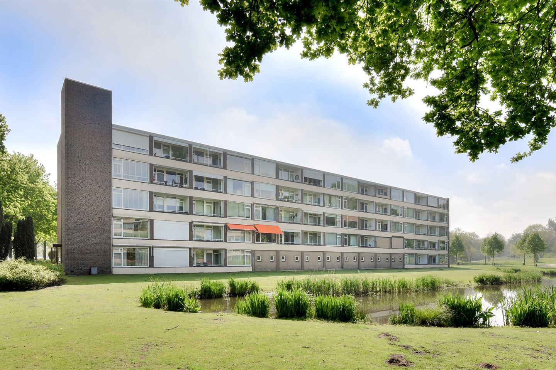 Bekijk foto 2 van Hertogenlaan 204