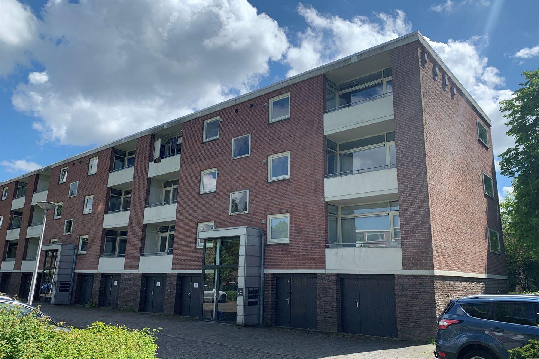View photo 2 of Klooienberglaan 631