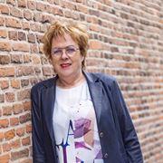 Dieneke Hentenaar - Commercieel medewerker