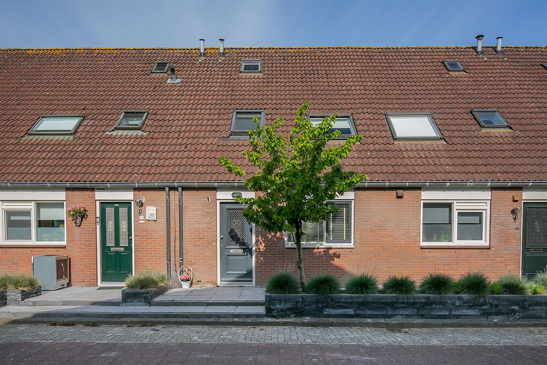 Bekijk foto 1 van Fagotstraat 47