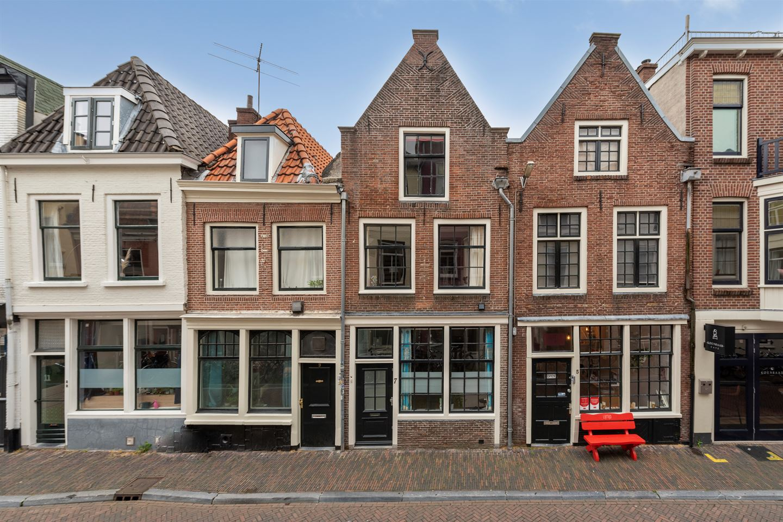 View photo 1 of Predikherenstraat 7