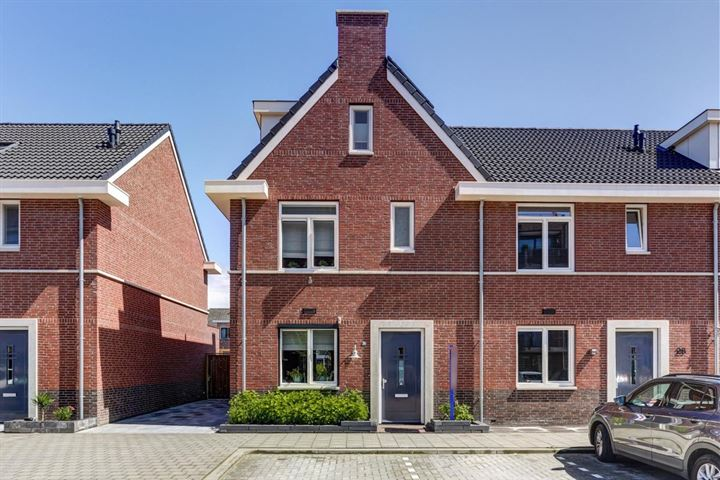 Mgr. Horsthuisstraat 30