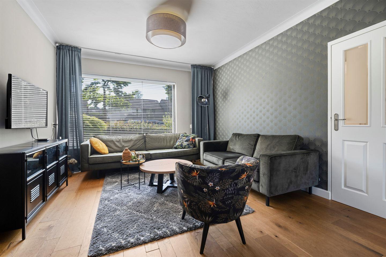 View photo 2 of De Rosmolen 10