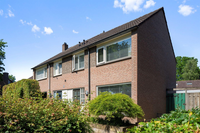 View photo 1 of De Rosmolen 10