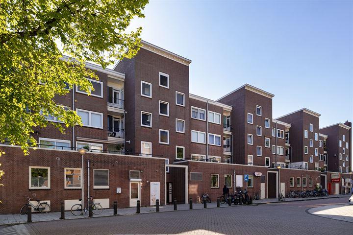 Van Mourik Broekmanstraat 18 III