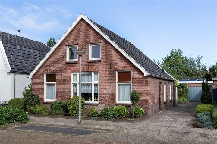 Beatrixstraat 24
