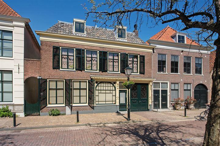 Kerkstraat 44