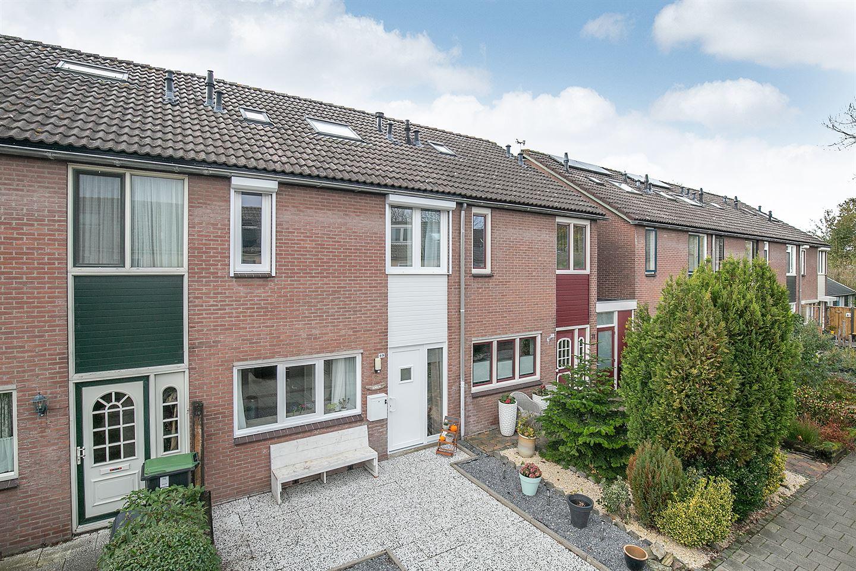 Bekijk foto 1 van J.W. Schuurmanstraat 69