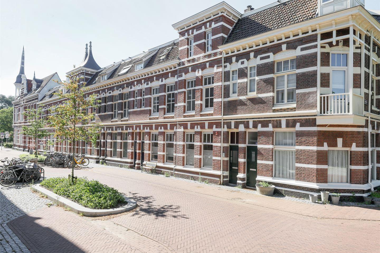 Bekijk foto 2 van Hertogstraat 18
